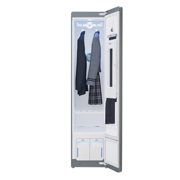 LG представила компактный паровой шкаф - LG Styler.