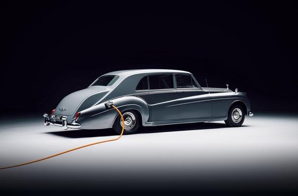 Стартап Lunaz начал выпускать электрические версии классических Rolls-Royce