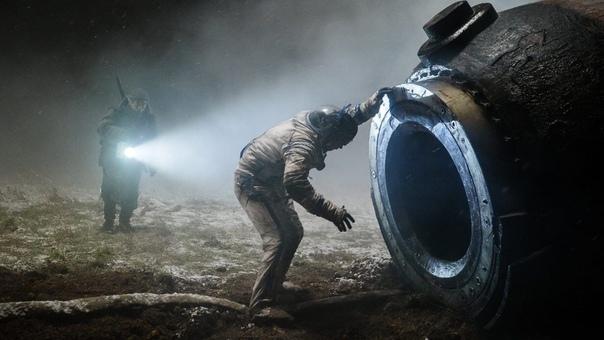 Фильм «Спутник» режиссёра Егора Абраменко занял первое место в американском iTunes в категории хорроров.